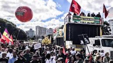Manifestação durante a Greve Geral. Foto: Gibran Mendes