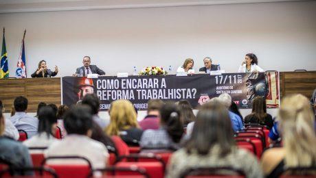 Seminário foi realizado no Sintracon. Foto: Gibran Mendes